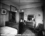 Mrs. Hoock Residence, Bedroom