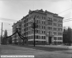 Emery Holmes Building (Bransford Apartments)