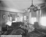 Bransford Apartments, Parlor